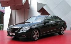 Zum Artikel Fahrbericht Mercedes-Benz E 350 CGI: Groß(E) Klasse