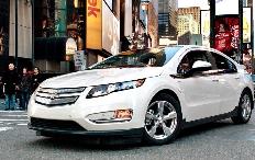 """Zum Artikel """"Motor Trend"""" wählt Chevrolet Volt zum Auto des Jahres"""
