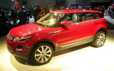 Zum Artikel Land Rover präsentiert den Evoque vielfältig im Internet