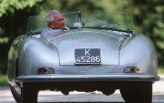 Zum Artikel Porsche-Klassiker auf Stuttgarts Straßen