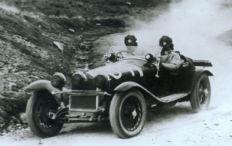 Zum Artikel Alfa Romeo startet mit drei Raritäten bei der Mille Miglia