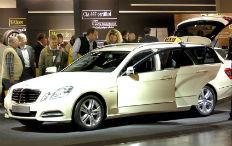 Zum Artikel Mercedes-Benz E-Klasse zum Taxi des Jahres gekürt