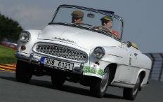 """Zum Artikel """"Vater Beimer"""" fährt Oldtimerrallye im Škoda mit"""