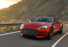 Zum Artikel Aston Martin Rapid S: Mehr Kraft, mehr Eleganz