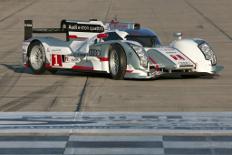 Zum Artikel Audi startet mit zwei R18 E-tron Quattro in Sebring