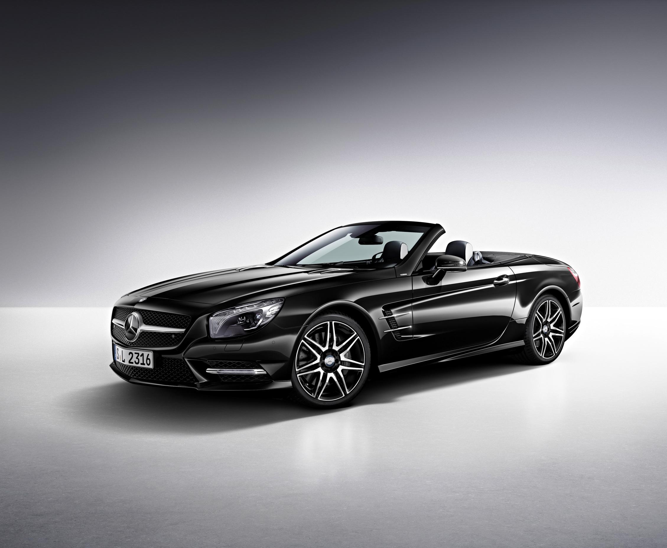 Zum Artikel Mercedes-Benz SL 400 Biturbo bringt Leistung und senkt Verbrauch