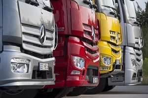 Zum Artikel Daimler Financial Services finanziert weltweit über 900 000 Nutzfahrzeuge