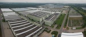 Zum Artikel Daimler feiert Erweiterung des Logistikcenters