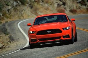 Zum Artikel Virtuell ist der Ford Mustang schon voll da